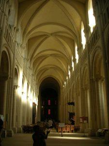 Six-part groin vault (Abbaye aux Dames, Caen, 1050 AD)