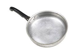 an aluminum frying pan