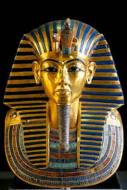 Bust of Tutankhamon in gold