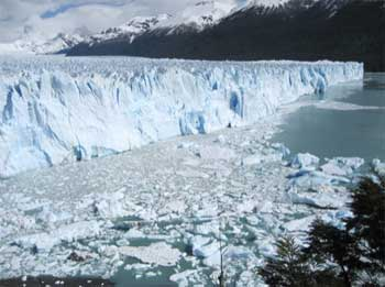 Argentina glacier - a cliff of ice