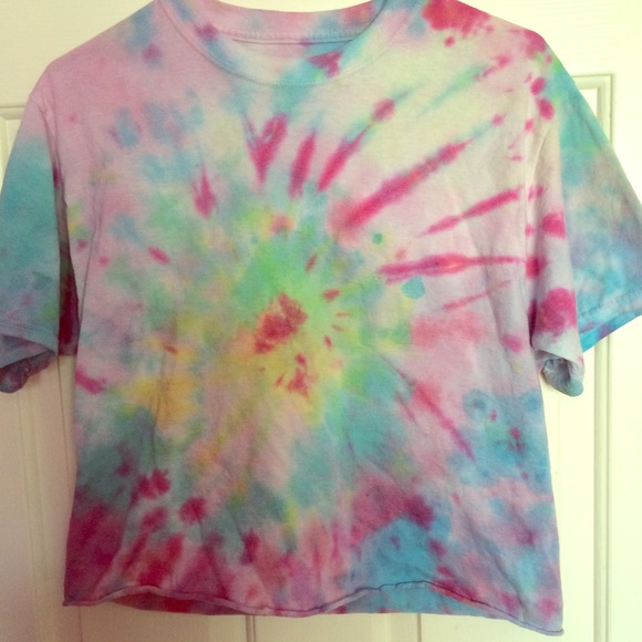 How do you tie dye african craft project study for How do you dye a shirt