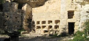 Roman beehives on Malta (0-100 AD) on a more industrial scale