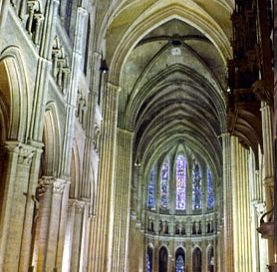 Chartres nave