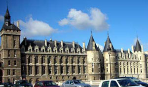 Conciergerie: the king's castle in Paris (parts of it from the 1300 AD)