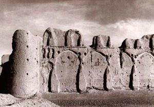 Mahmud's palace at Lashkari Bazar, near Bost, ca. 1000 AD
