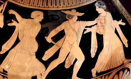 Orestes kills Clytemnestra - red figure vase