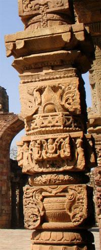 A re-used Hindu columnfrom Quwat ul-Islam