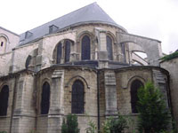 Flying buttresses in the apse