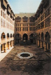A Mamluk inn for merchants in Cairo
