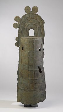 Yayoi period bronze bell (ca. 100-300 AD, now in the Brookyn Museum)