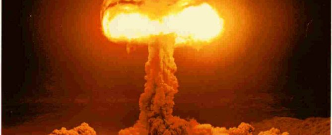 "Atomic bomb explosions make a ""mushroom cloud"""