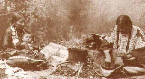 Blackfoot women and children