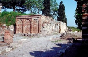 A square brick building without windows - part of Pompeii's water system
