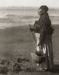 A Chinook woman
