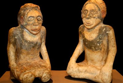 Cherokee statues from Etowah (now northern Georgia)