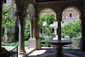 The cloister at Fossa Nuova