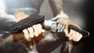 leather knuckle covers like brass knuckles: Roman games