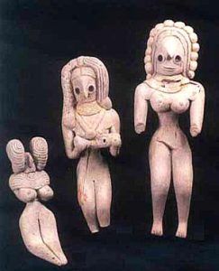 Clay people from Mehrgahr, Pakistan,about 7000 BC