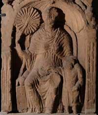 Roman woman with a fan(Tullie House, England)
